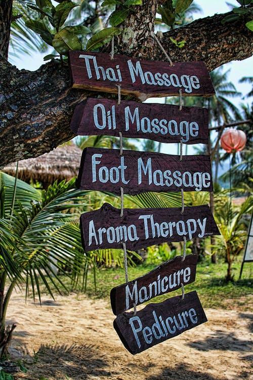 Surf WG surfcamp Bali massage experience bali