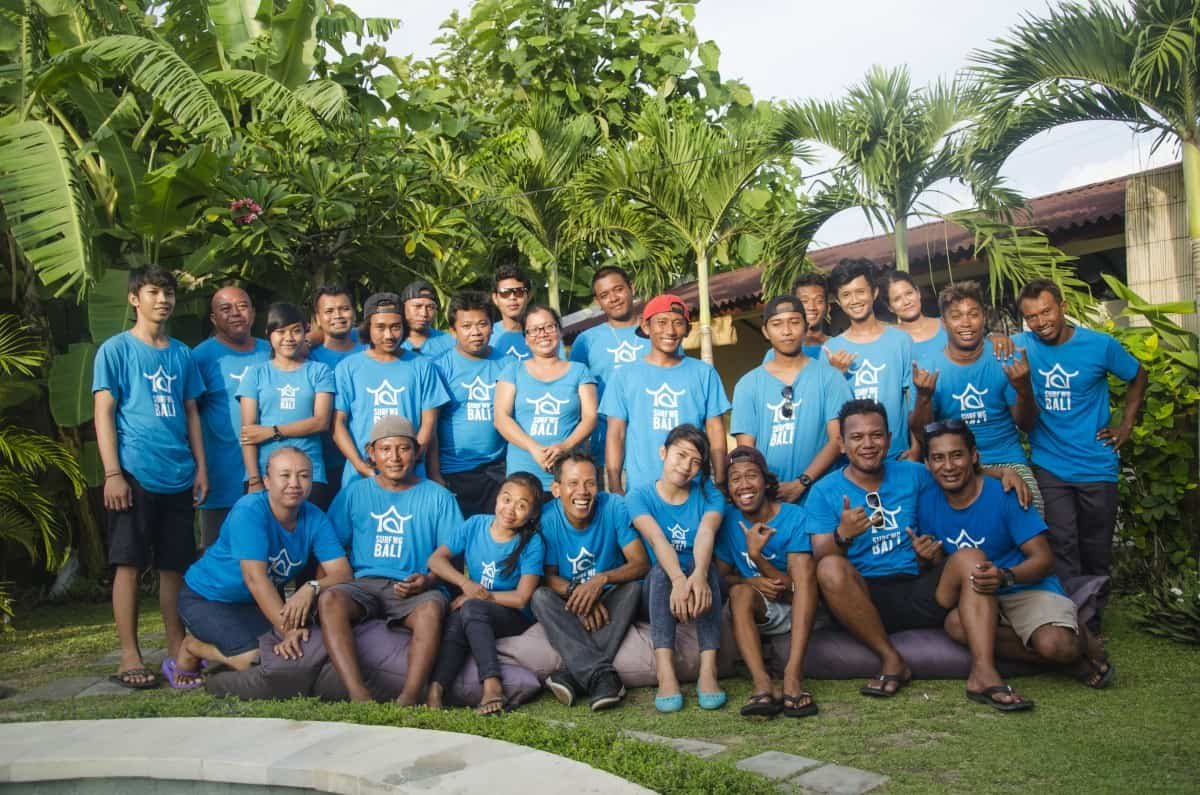 SurfWG surf camp team back in the days with blue surfwg shirts